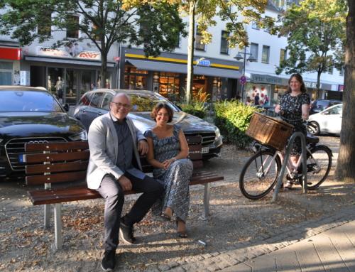 """Sofortmaßnahme Schlossplatz """"Optisch ansprechend, wiederverwertbar und hindernd"""" – Schutzsperren auf dem Schlossplatz"""